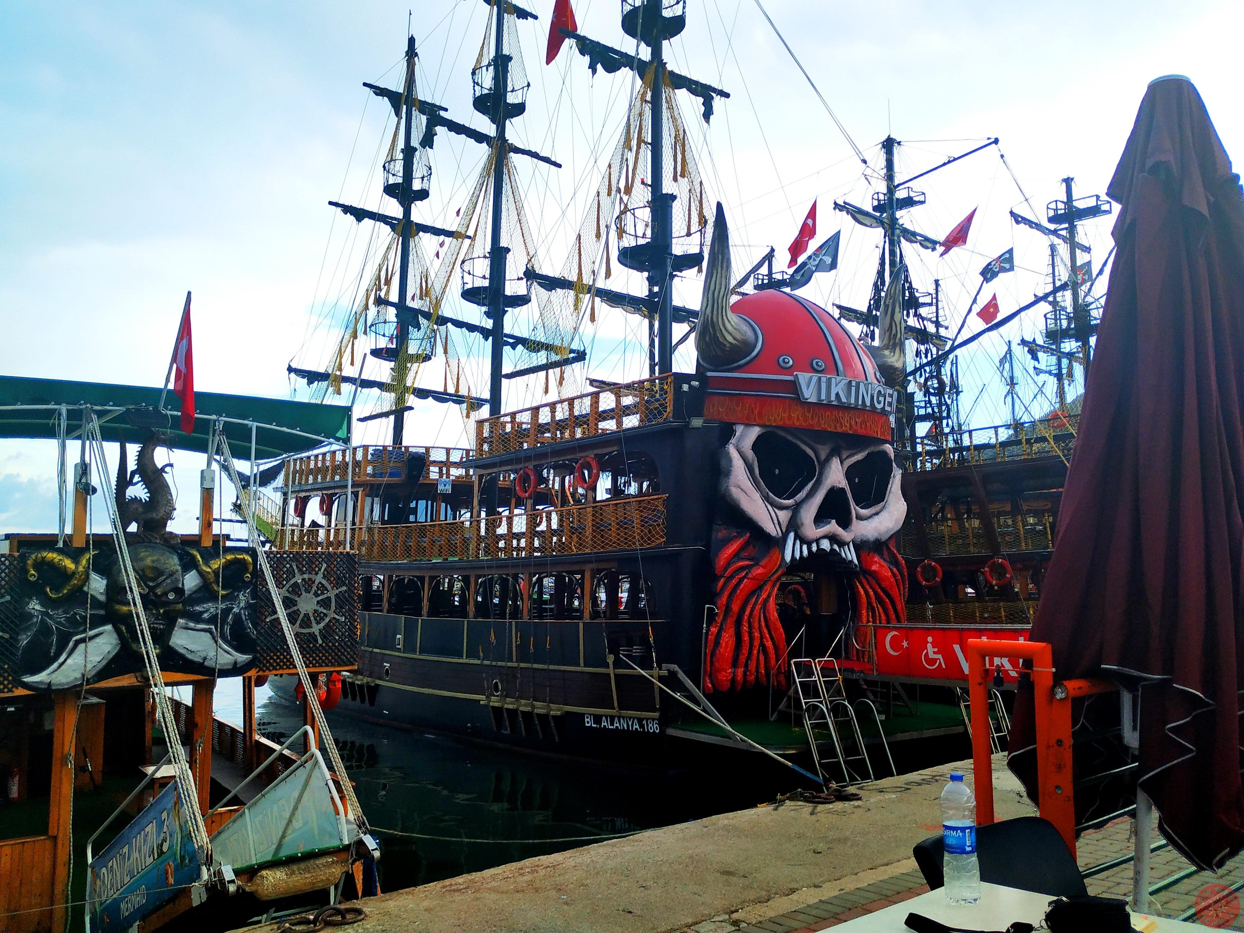 Яхта викингов в Алании отзывы